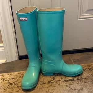 Turquoise tall Hunter boots